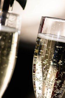 alcohol-beverage-celebration-170366